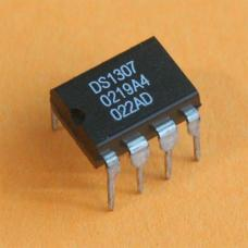 DS1307 Maxim 64 x 8 Serial Real-Time Clock IC